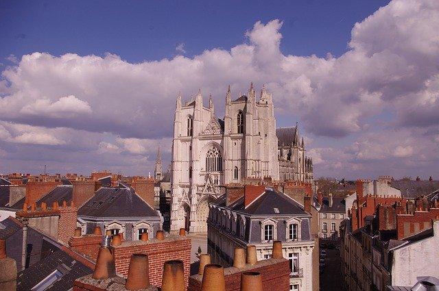 vue de la ville de Nantes 44